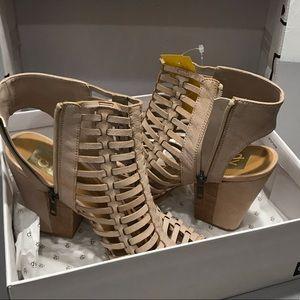 DV dolce vita open toe bootie block heel caged 9.5